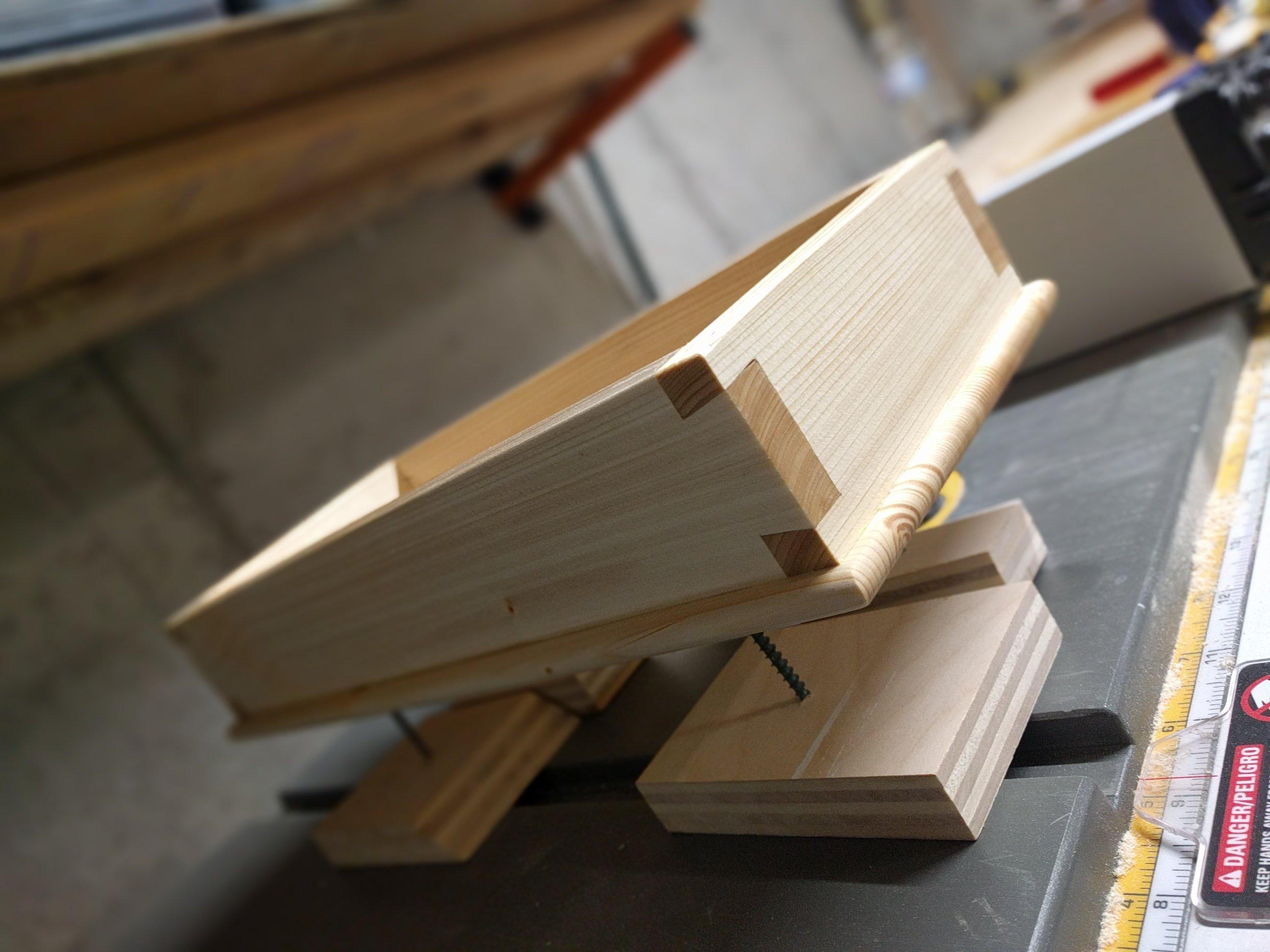 Dovetail Box by rickyli647