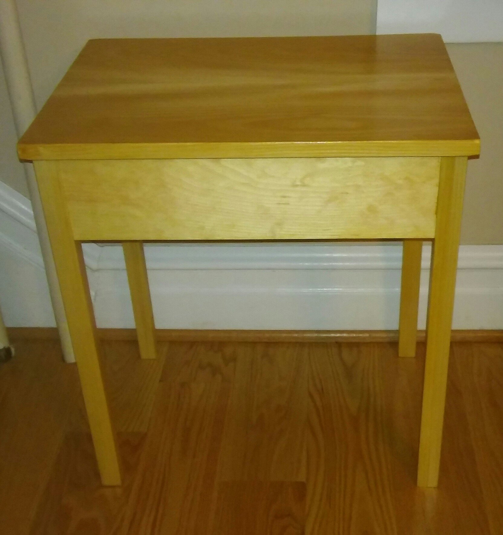 Pine End Table By Greitzera Woodworking Masterclasses