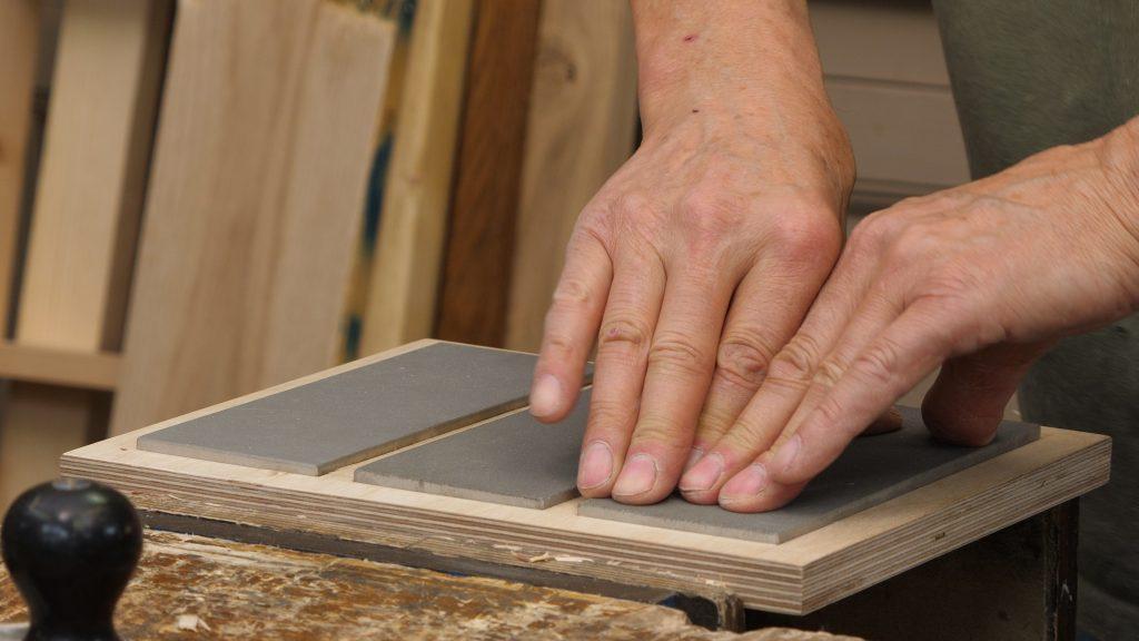 Sharpening Plate Holder Keyframe