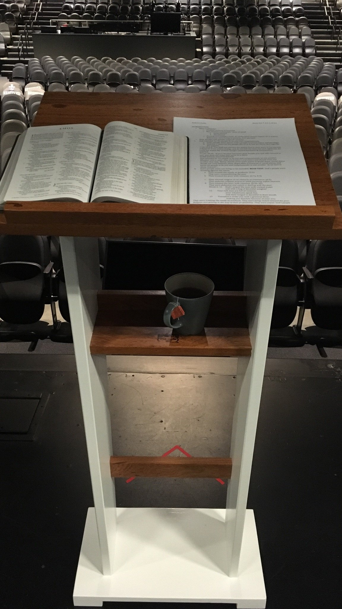 Lectern by Phil Guthe