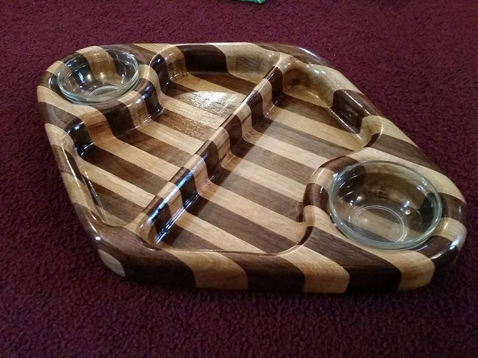 Dual Chip/Dip Tray by Roger A. Congdon