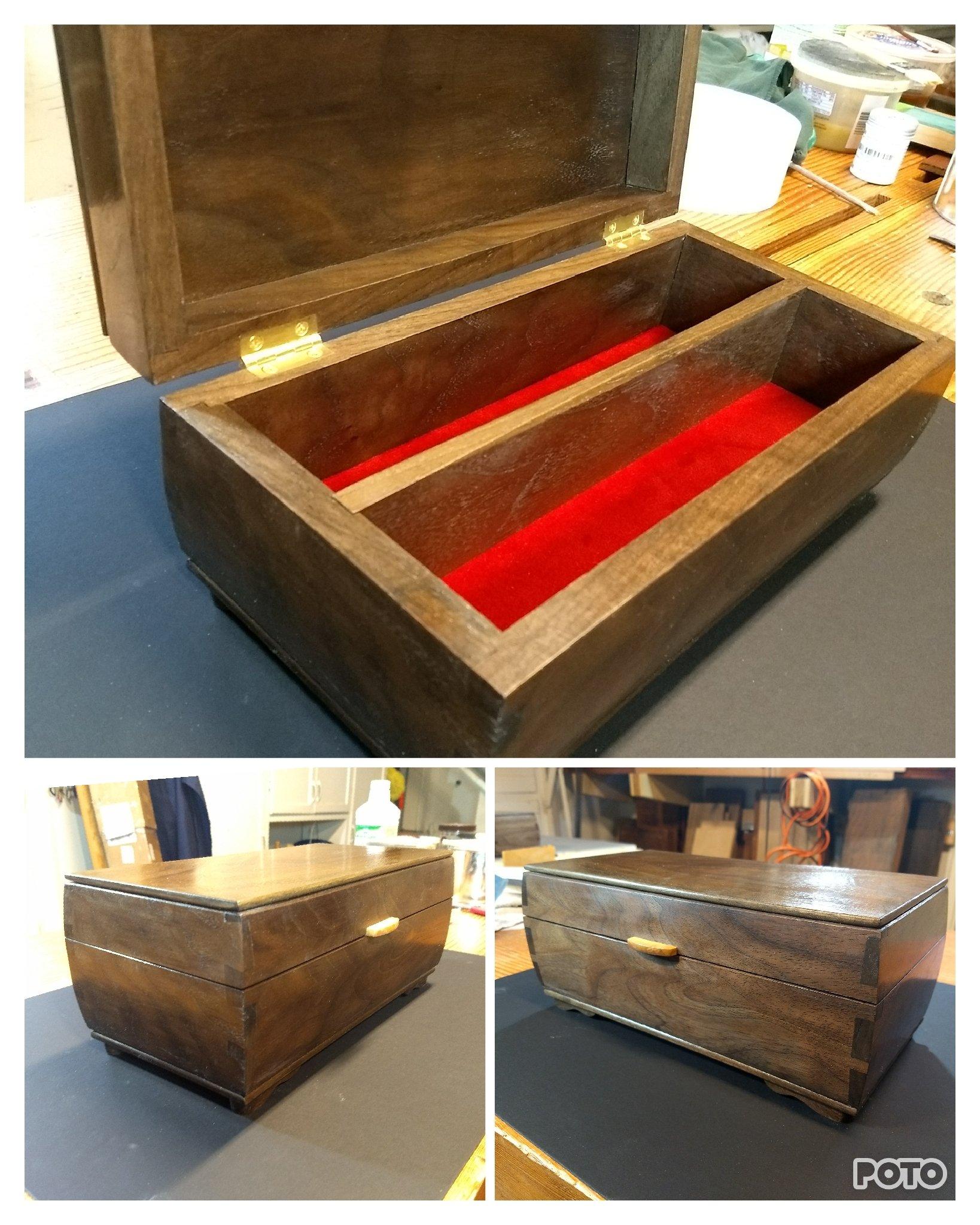 Keepsake Box (Walnut) by Peter Bernhardt