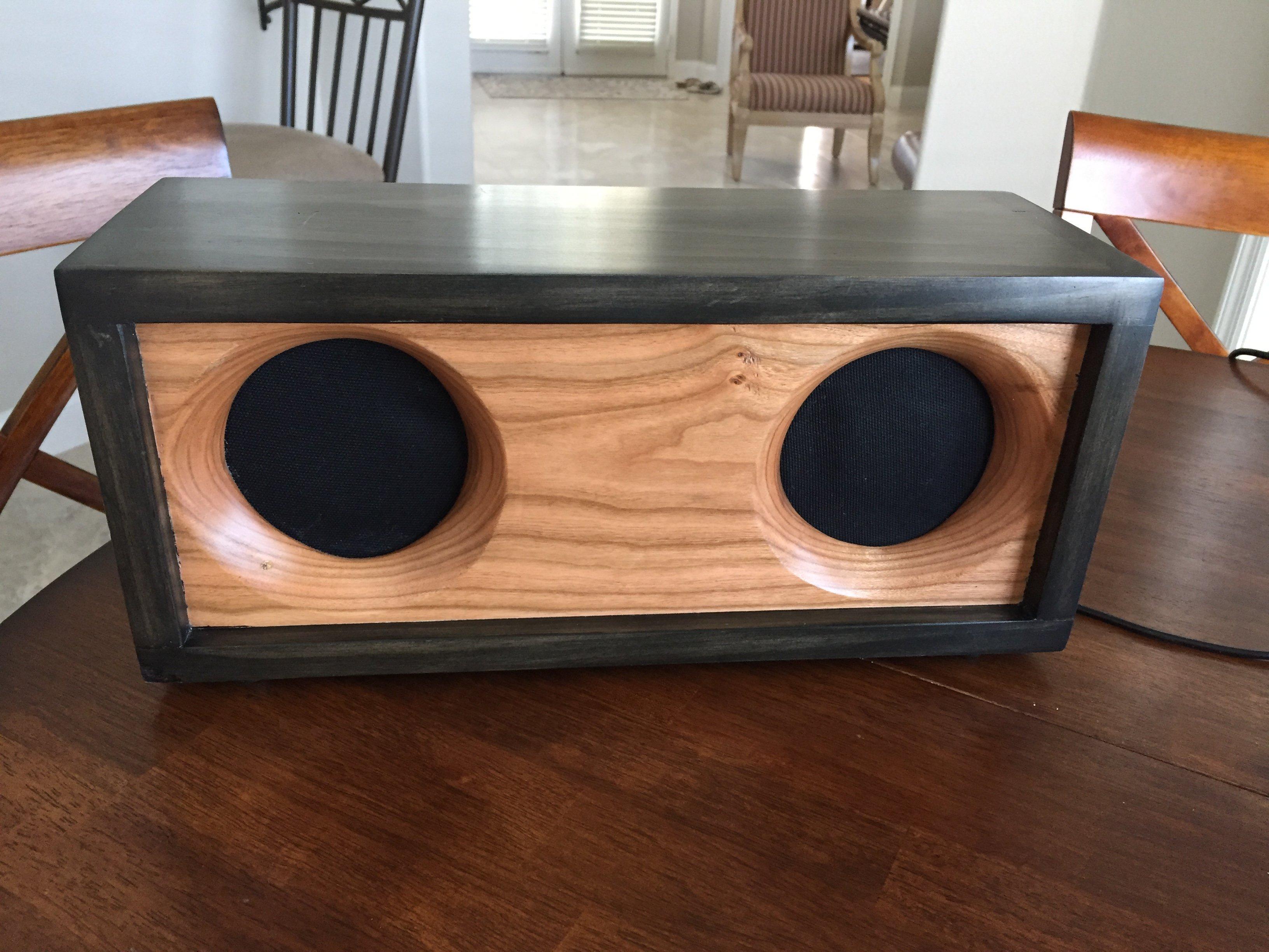 Bluetooth Speaker by wtwegner