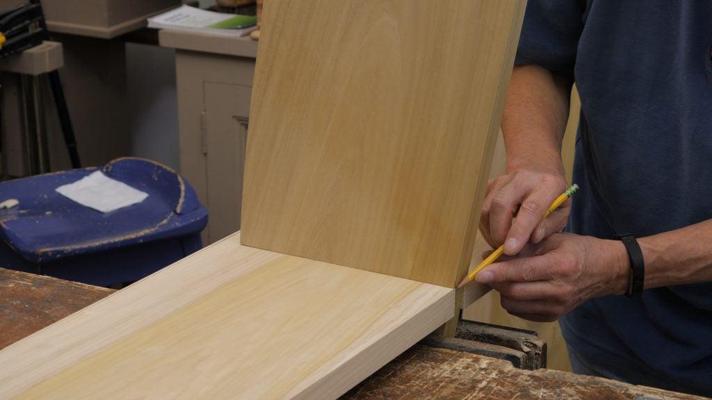 Leaning Wall Shelf Episode 4 Keyframe