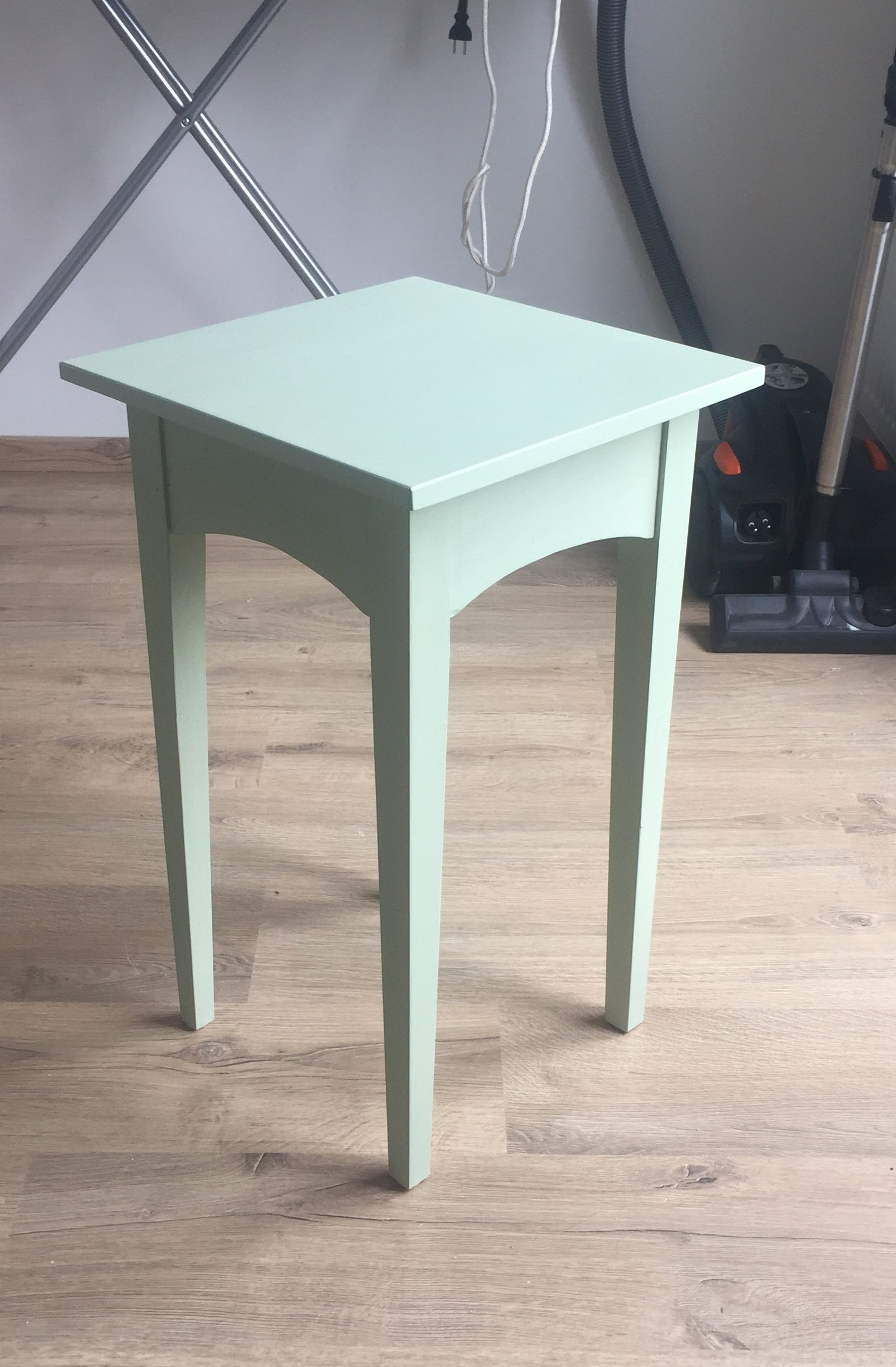 Table by Benoît Thomoux