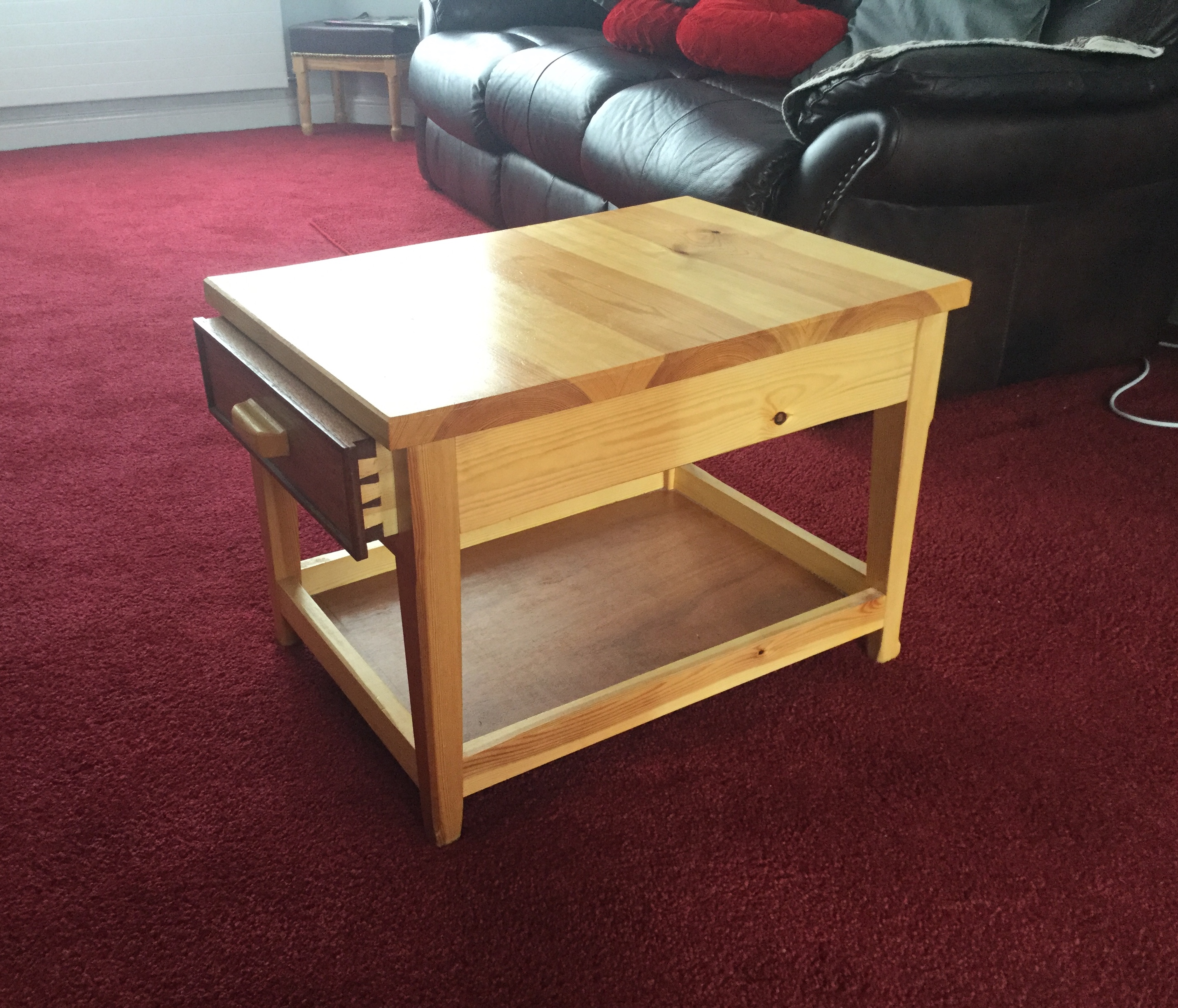 Coffee Table by rayc21