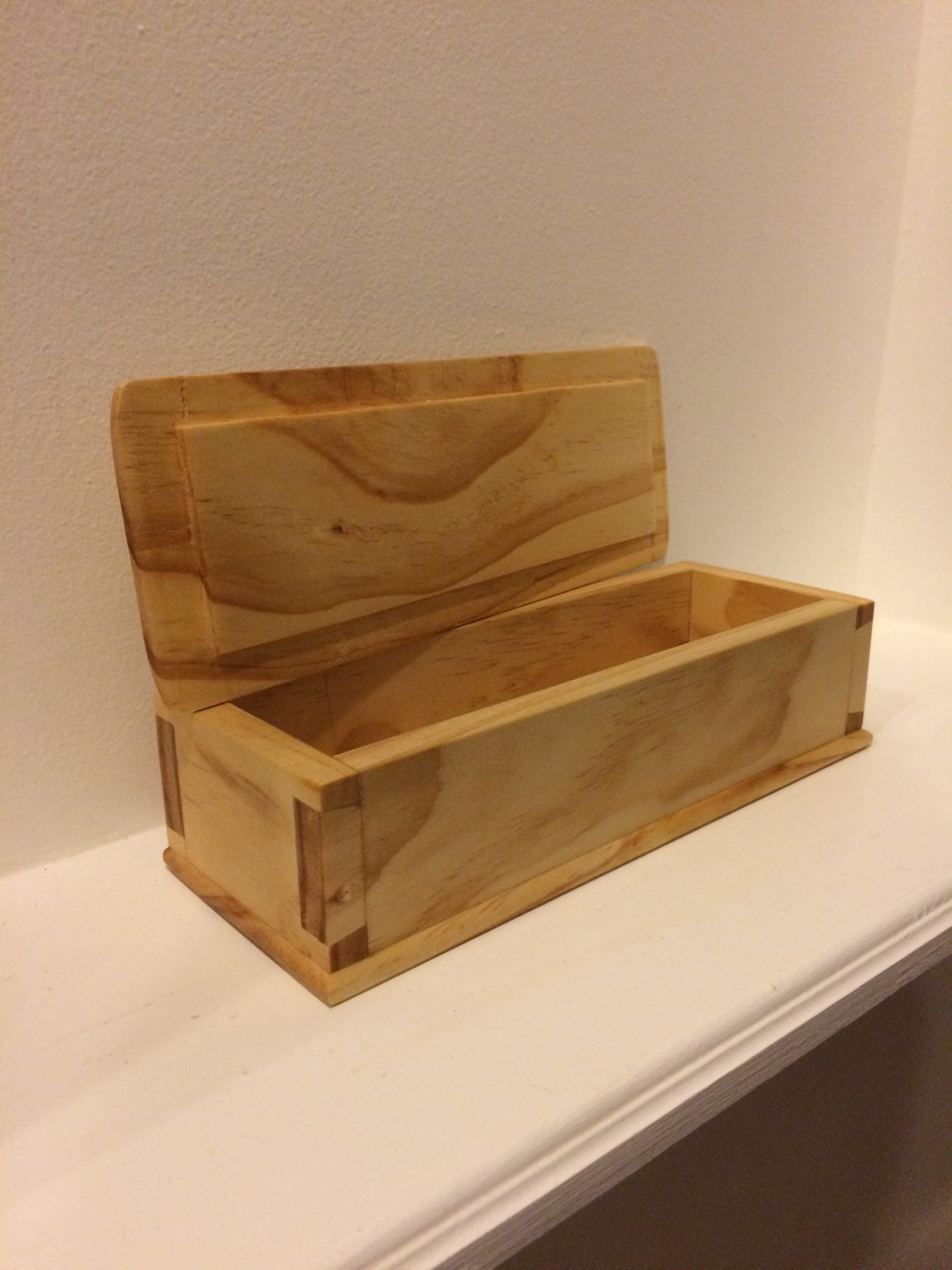 Dovetail Box by Glenn Kuffel