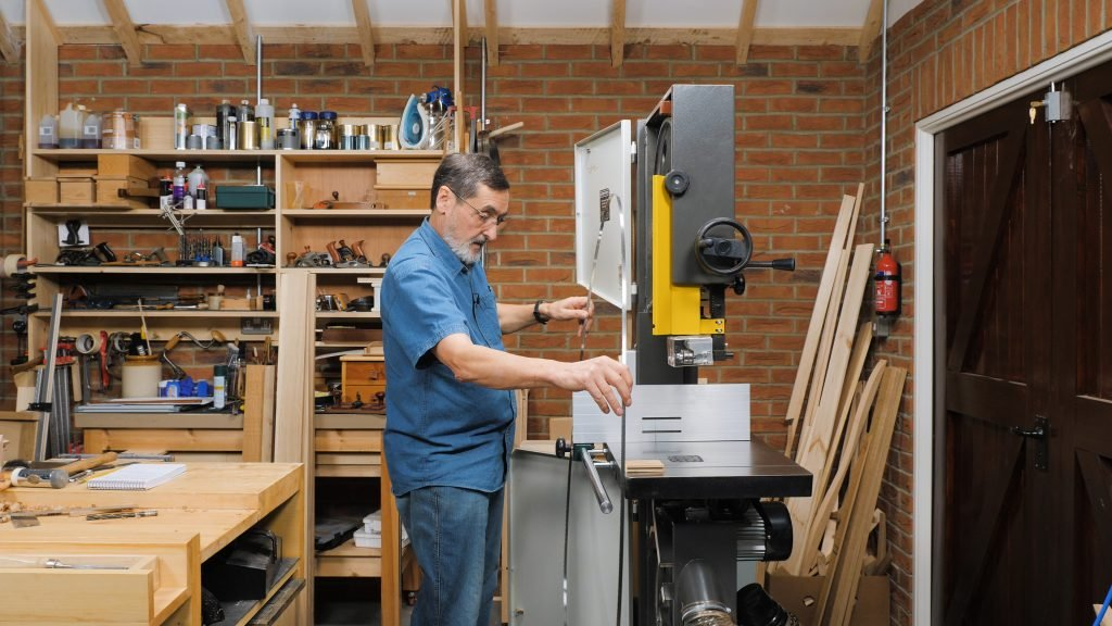 Setting Up a Bandsaw