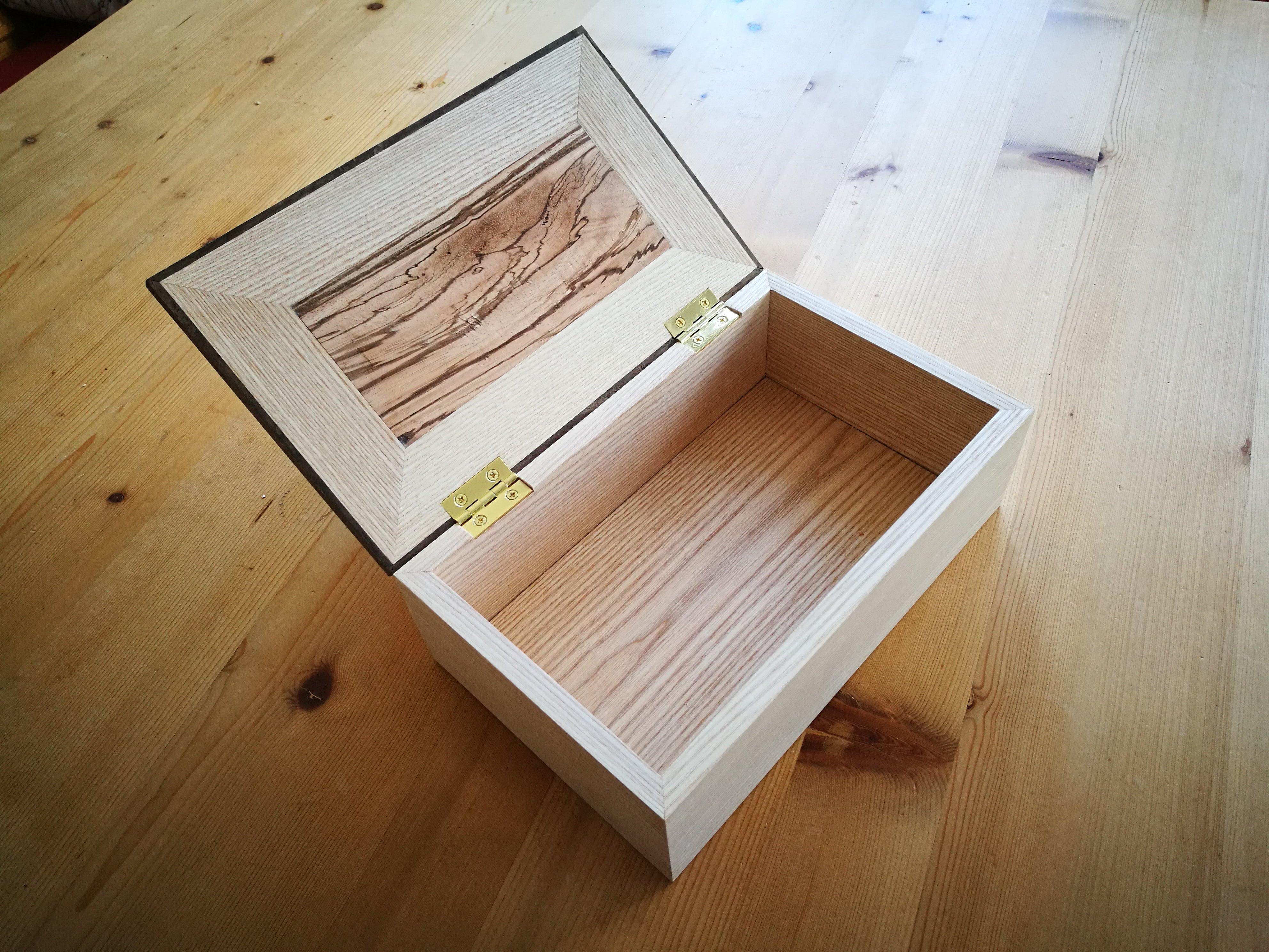 'Keepsake Box by Daniel Kisielewski