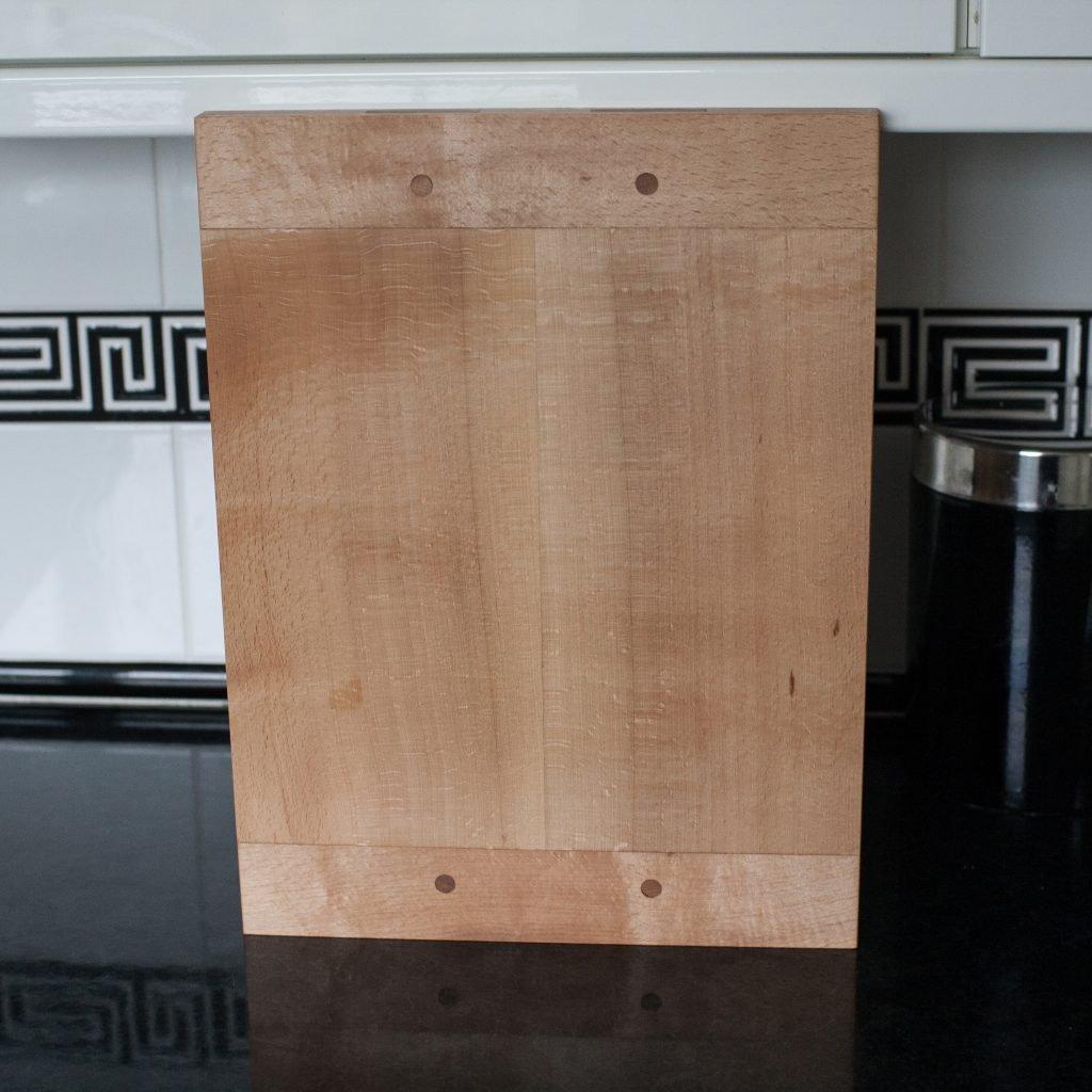 Breadboard-end Cutting Board by Ben Tyreman