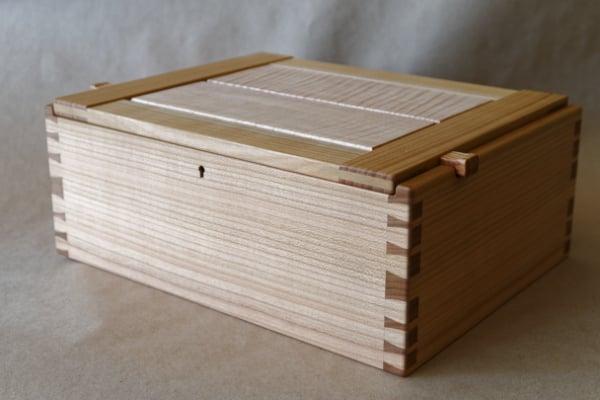 Dovetail Box by James Reid