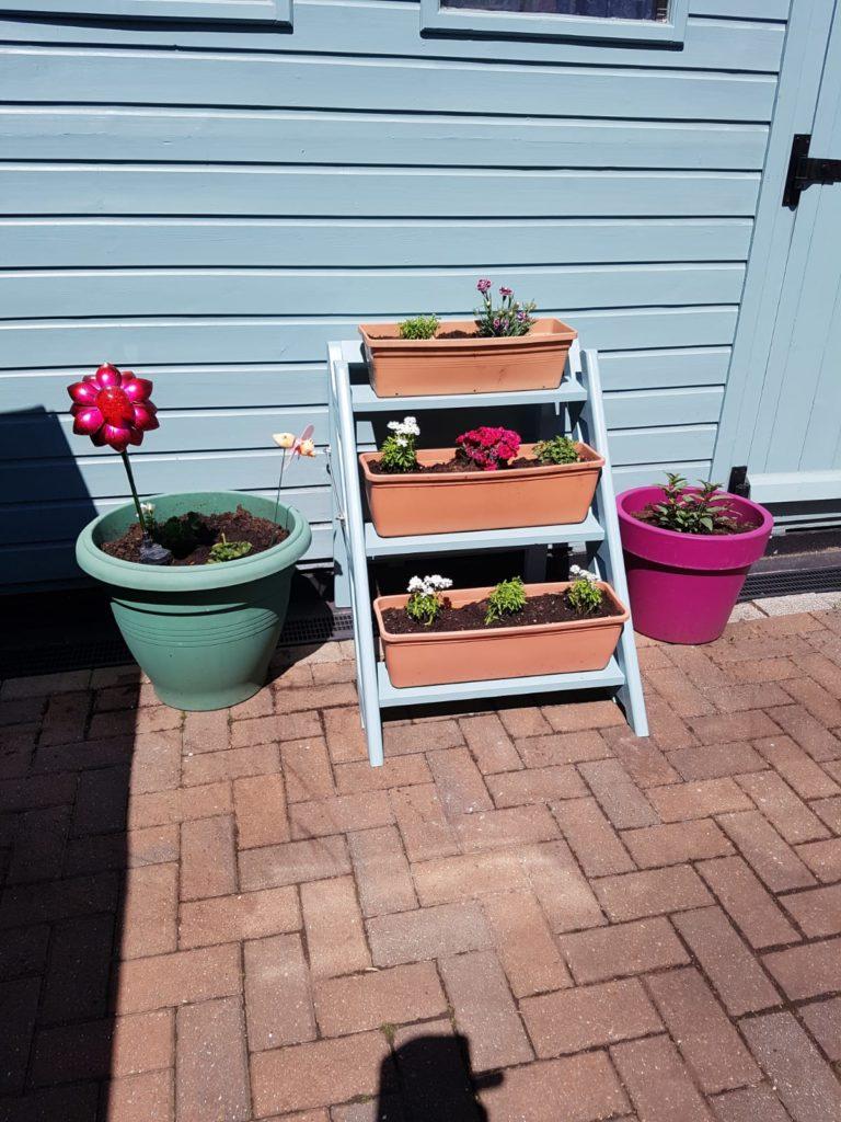 Garden Flower Stand by rayc21