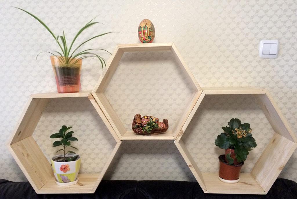 Shelves by Volodymyr Tobolskyy