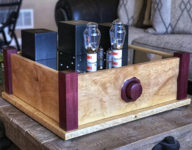 300B Valve Amplifier by lhosinski