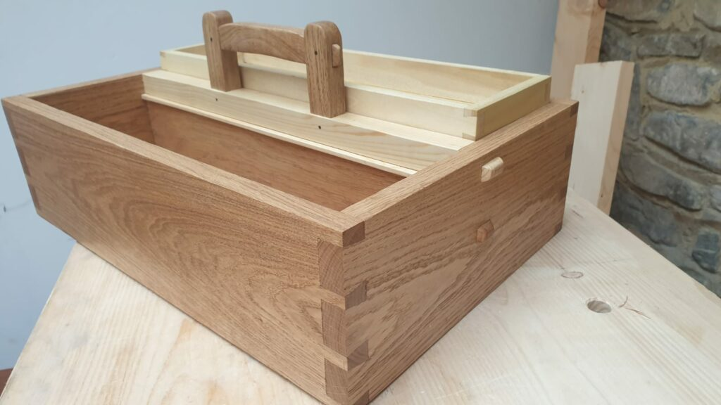Craftsman-style Tool Carrier by David Cracknell